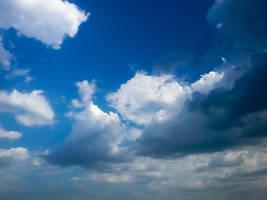 Bright Hopefilled sky by doktornpro