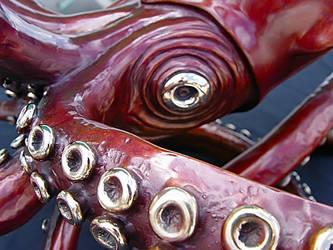'Giant' Giant squid bronze by Kirk McGuire by bronze4u