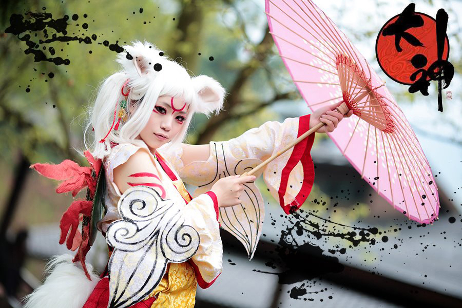 okami___amaterasu_personification_by_rolan666-d4rjey9.jpg