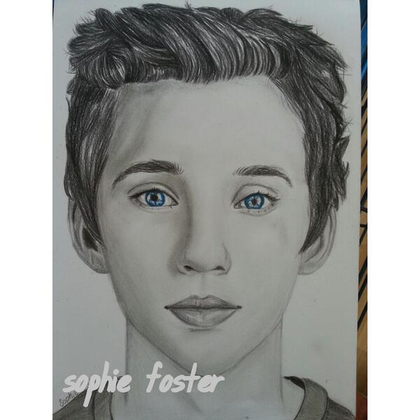 Troye Sivan by Drawingmyworld on DeviantArt