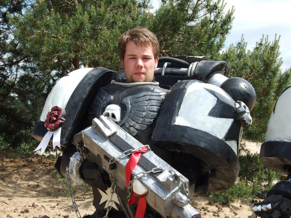 Power Armour helmetless by MrDue