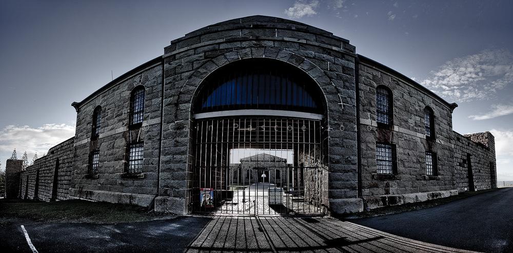 Gaolrama by CainPascoe