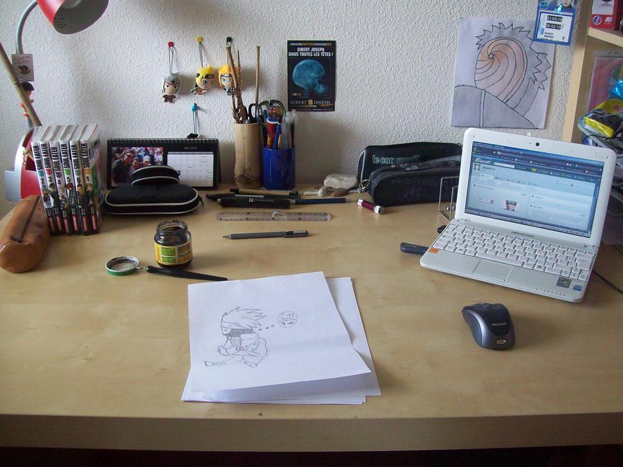 mon bureau by dada0016 on deviantart. Black Bedroom Furniture Sets. Home Design Ideas