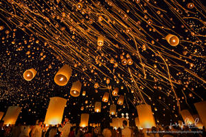 Yi Peng Lantern Festival 2014, Chiang Mai by josgoh
