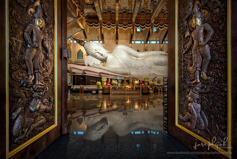 Interior of Wat Pa Phu Kon, Udonthani, Thailand by josgoh