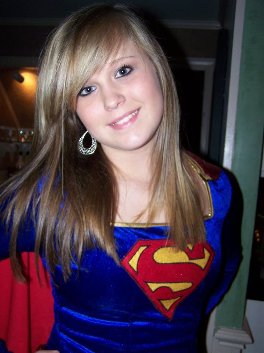 Supergirl :D by Im-Not-Crazy-I-Swear