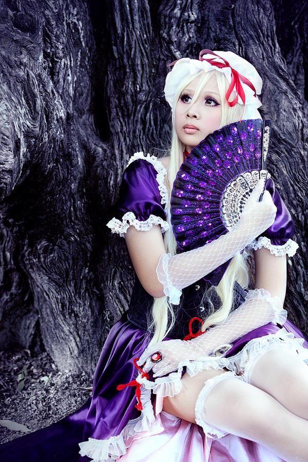 Yukari: Demon Mistress of the Border by ArishigeAIKO