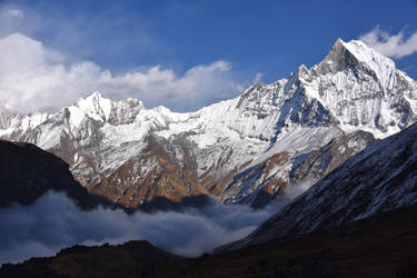 Fishtail Mountain by IGhengisKhanI
