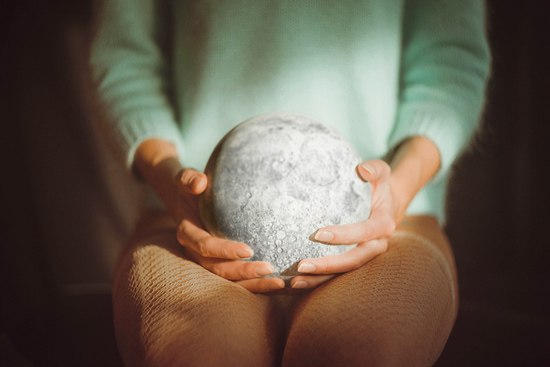moon in her hands by rmalo5aapi