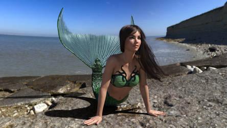 Saskia's first time mermaiding 1