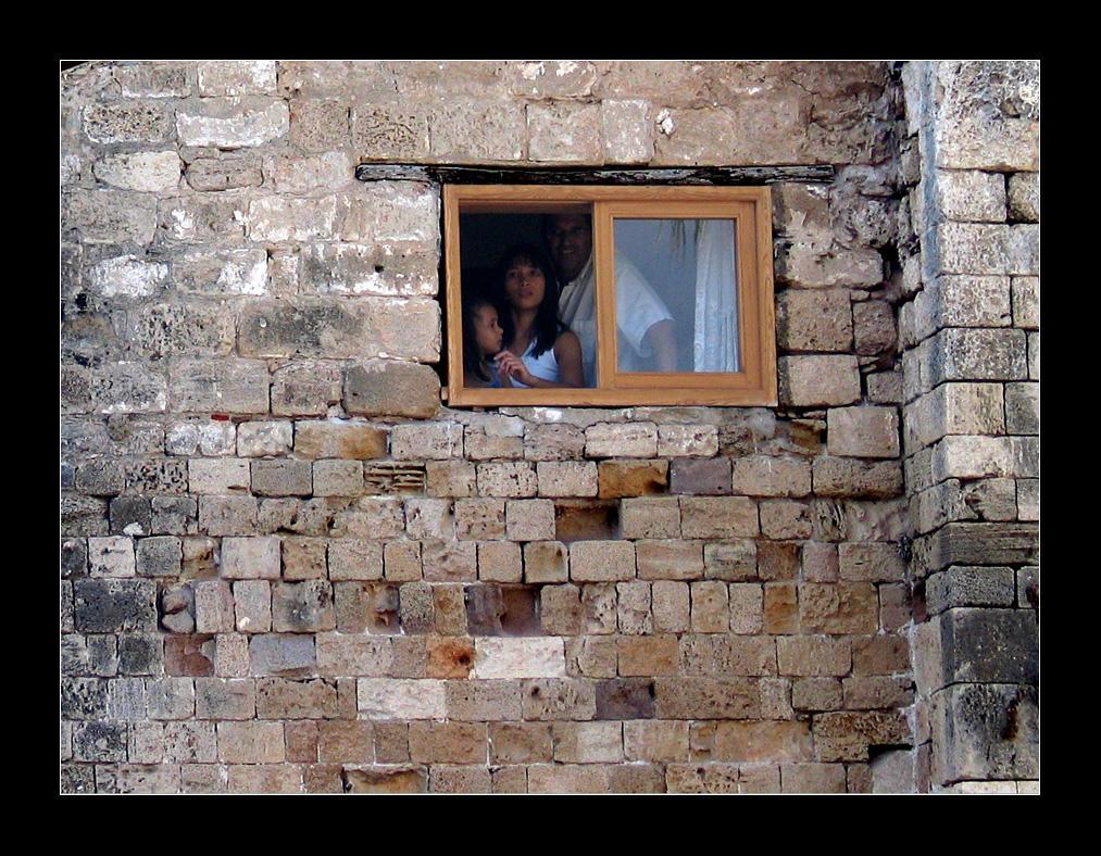 Windowed by aaronkor