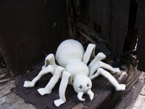 Deidara's Clay Spider by Nikki-puff