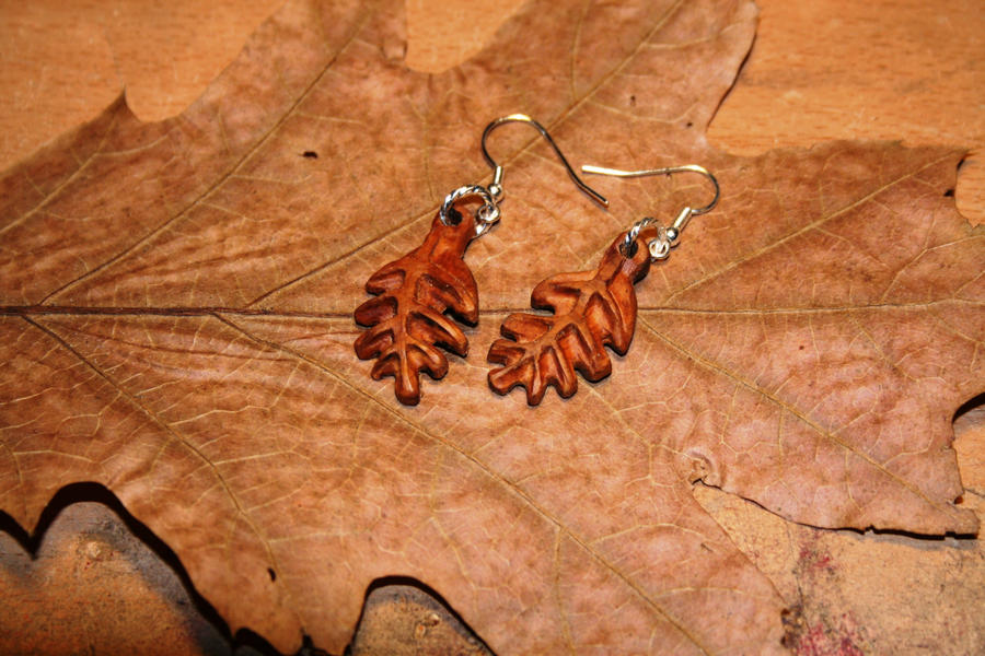 Ear Leaves Jewelry by Hluthvik
