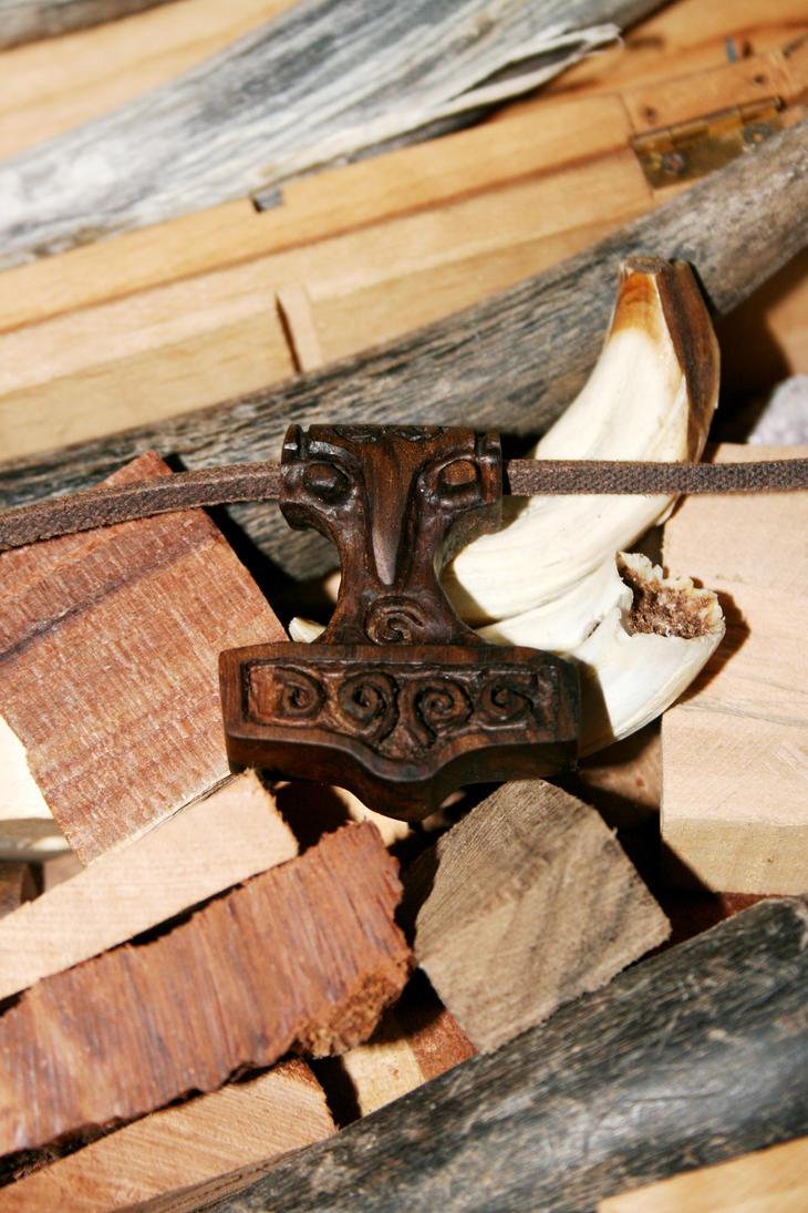 Bird-Headed Hammer by Hluthvik