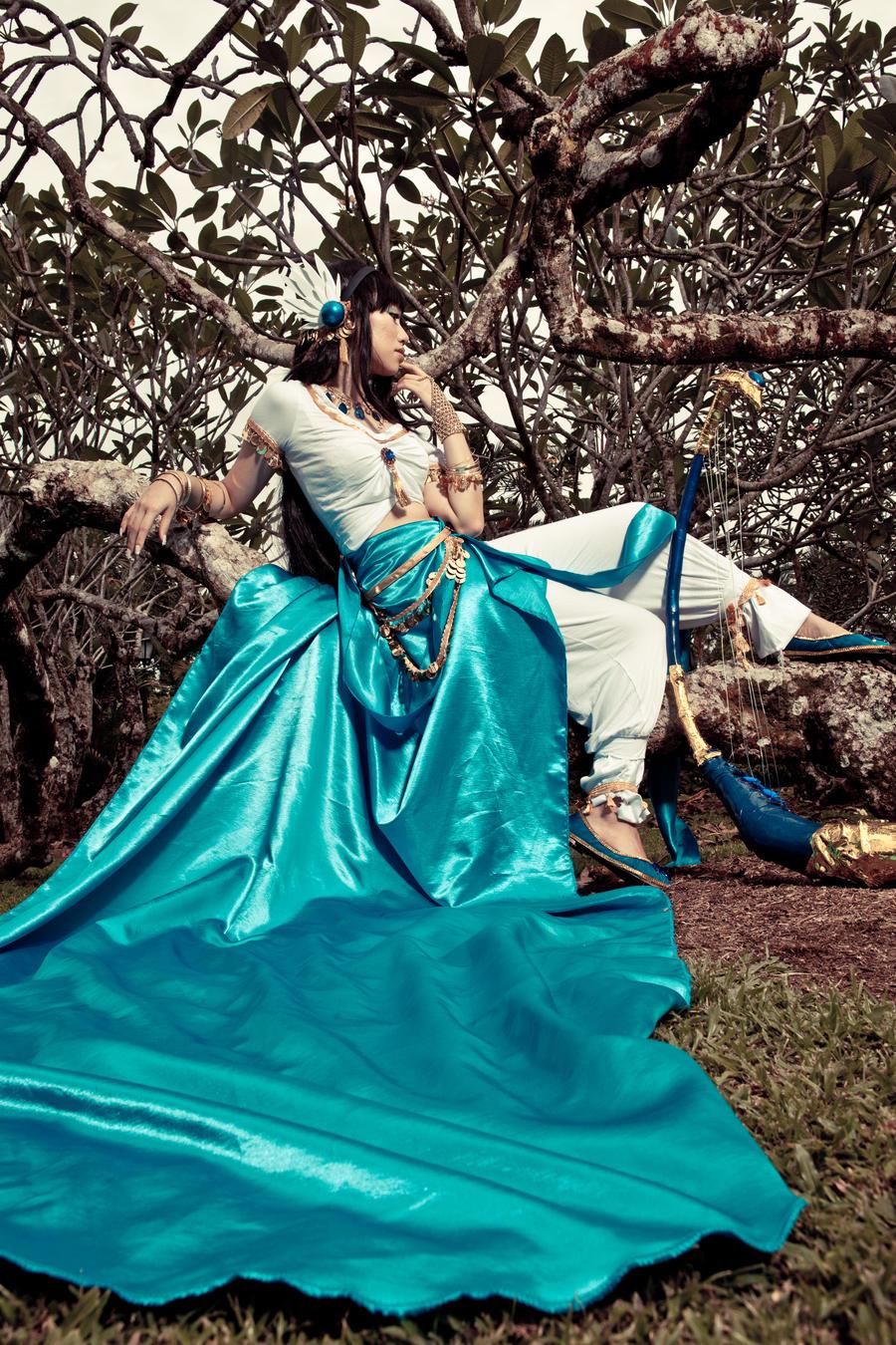 The royal musician 1 - musings by missdeliri