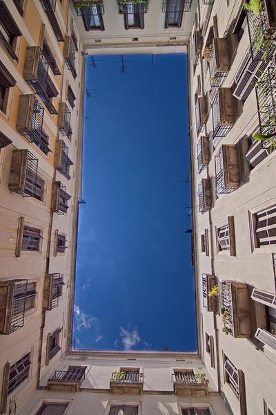 Bari Gothic Barcelona by lesogard