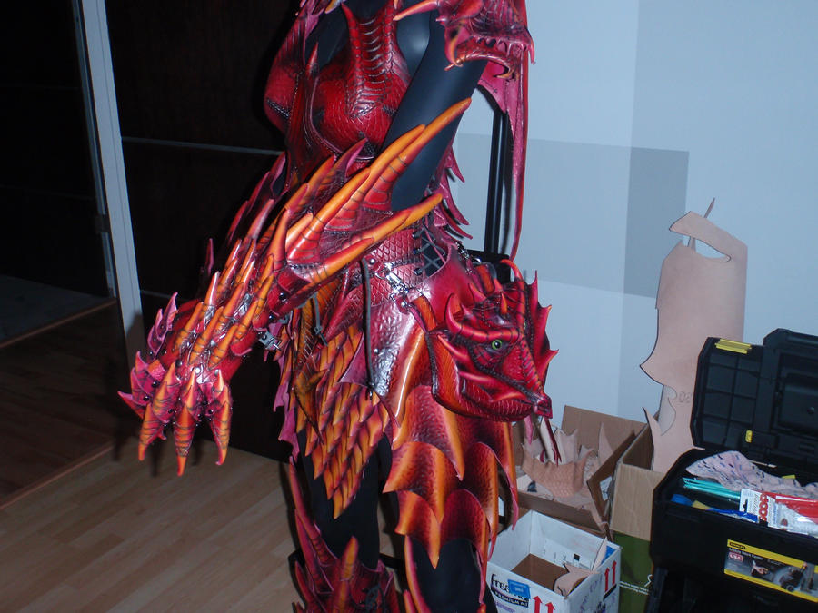 Dragoness Pouch Worn by Red-Dragon-Lord