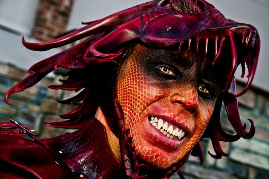 Detail dragon makeup by Red-Dragon-Lord