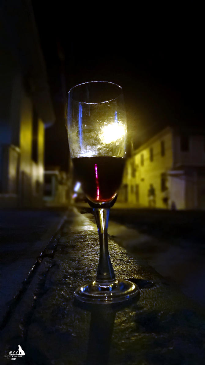 Taste the Night by LazareLobo