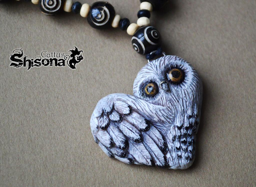 pendant owl by Shisona