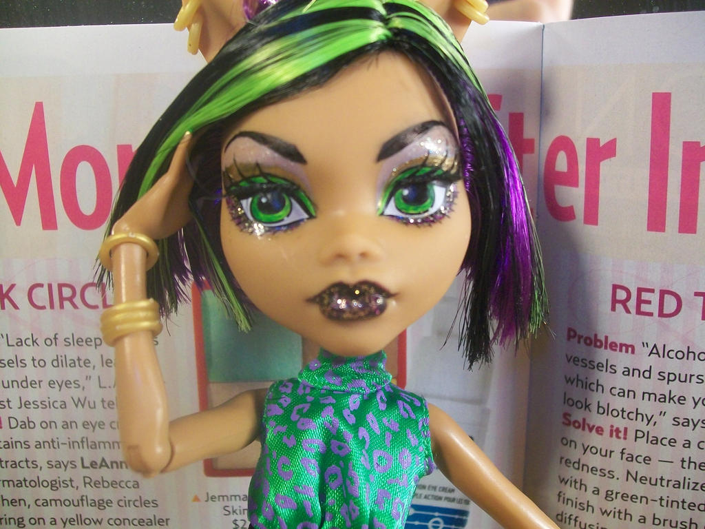 Clawdeen Wolf Mh Repaint 2 By Makeup Love95 On Deviantart