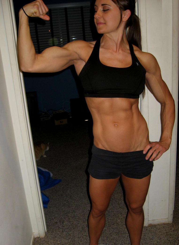 Muscle lesbian tiny girl