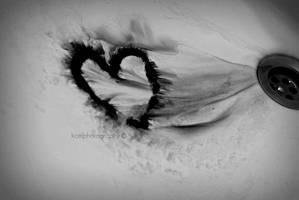 bleeding love by KCELphotography
