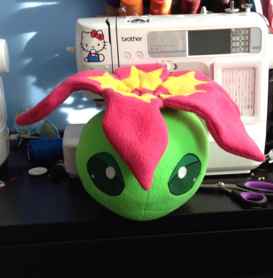 WIP  Digimon - Palmon custom plush by Kitamon