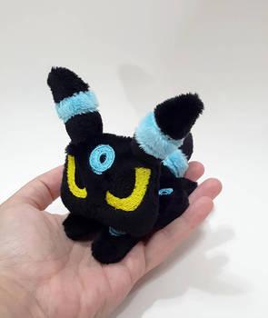 Pokemon - Tiny Shiny Umbreon custom plush