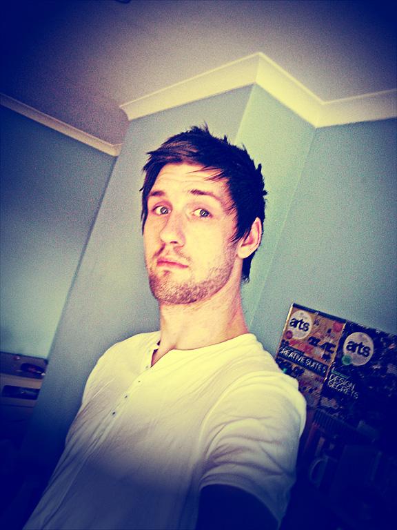 d4m's Profile Picture