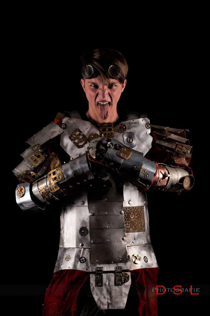 Steampunk-armor by PaperVarren