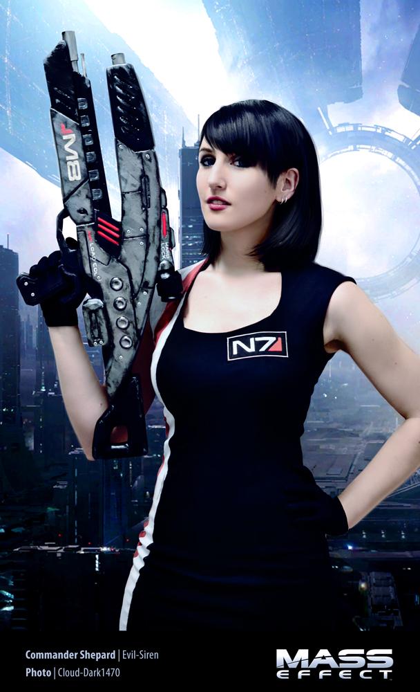 Commander Shepard - Mass Effect Cosplay