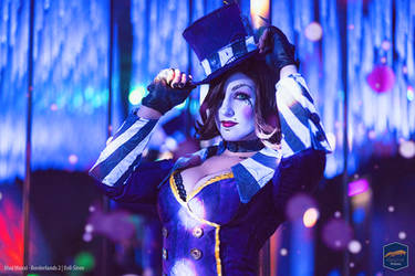 Mad Moxxi Cosplay Evil Siren by Evil-Siren