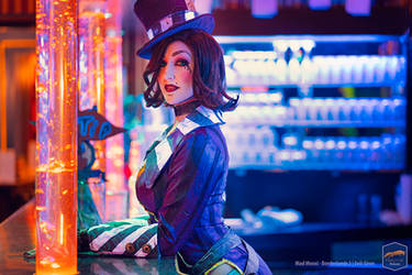 Moxxis Bar - Mad Moxxi Cosplay - Evil Siren by Evil-Siren