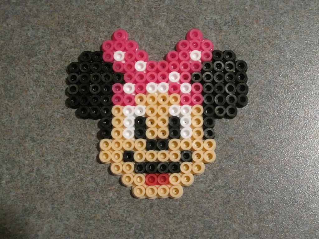Minnie Mouse Perler Bead Pattern | Car Interior Design