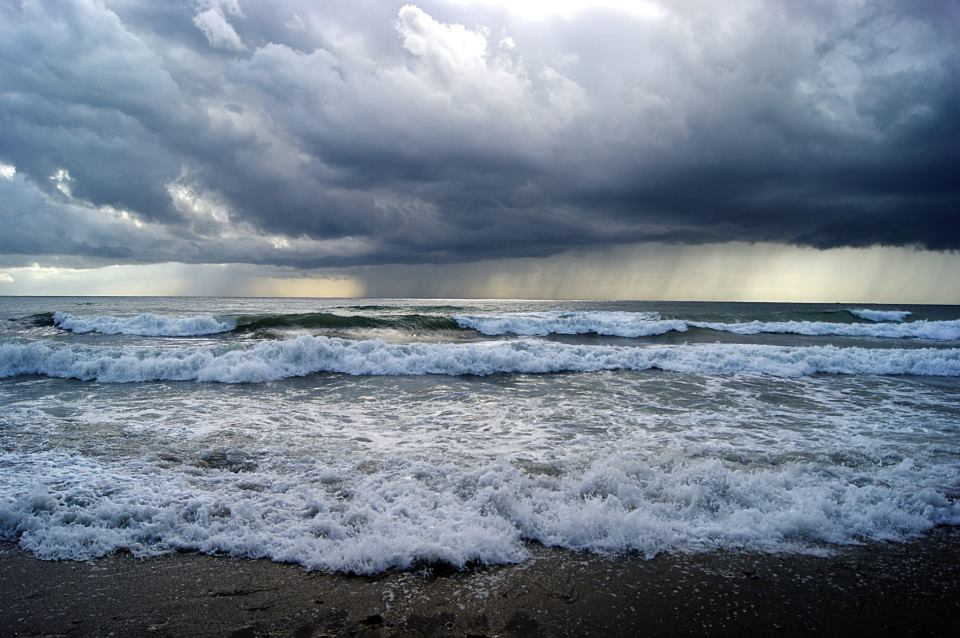 San Pedro Sea by Nowiika