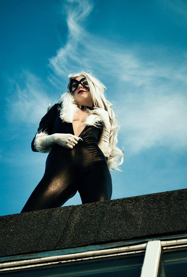 Felicia Black Cat by Fiora-solo-top