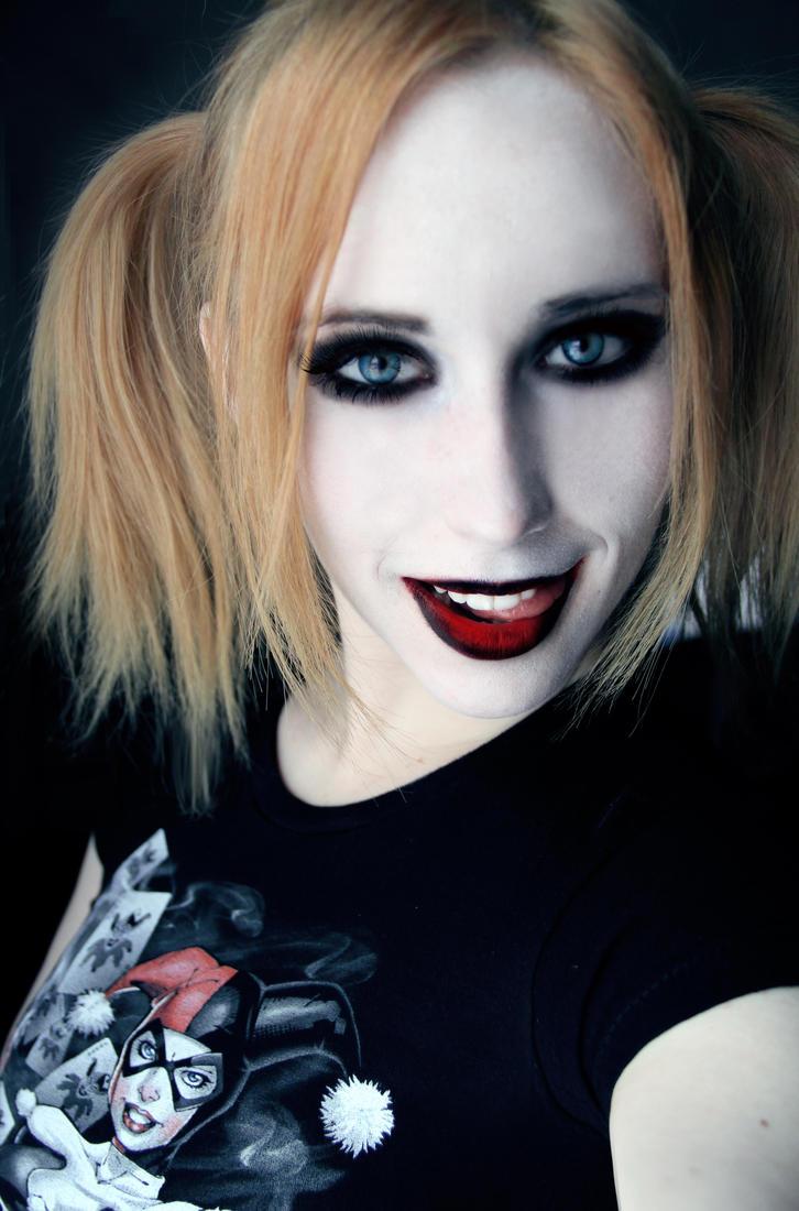 Harley Quinn makeup test 2 by Stephanie-van-Rijn