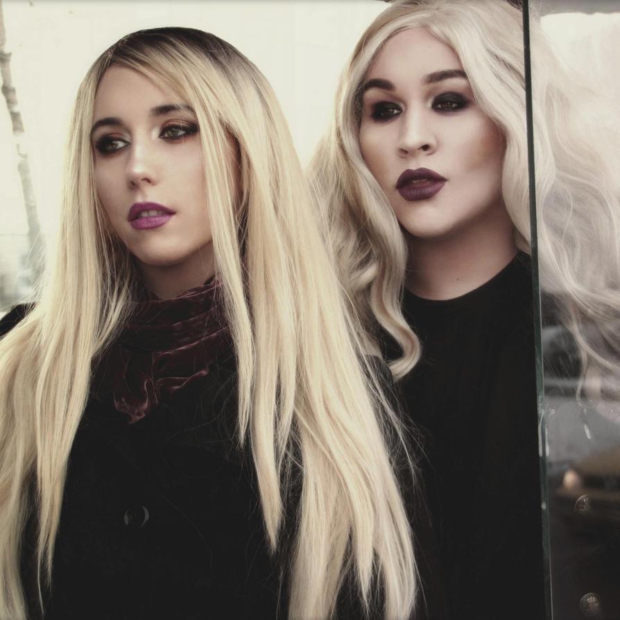 Blondies by Stephanie-van-Rijn
