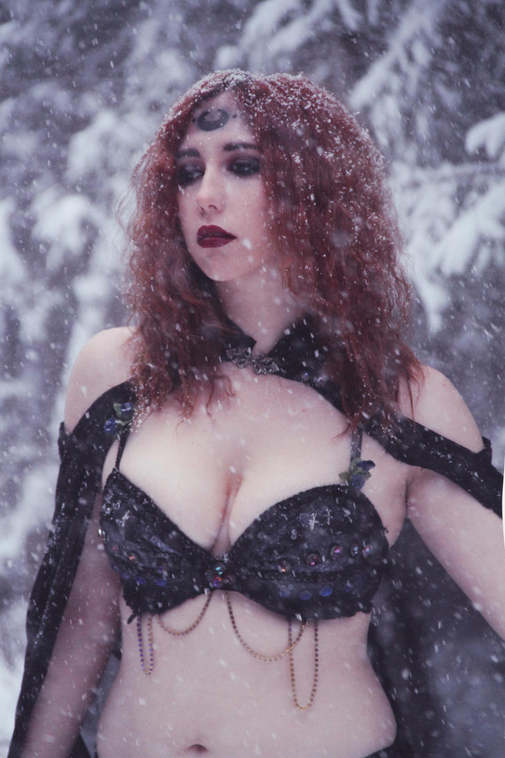 Black Frost 2 by Stephanie-van-Rijn