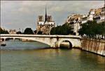Paris vivra pour toujours. by haloeffect1