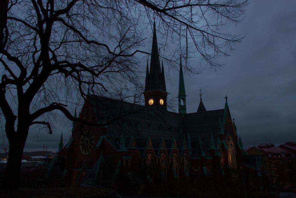 Gothic by mabuli