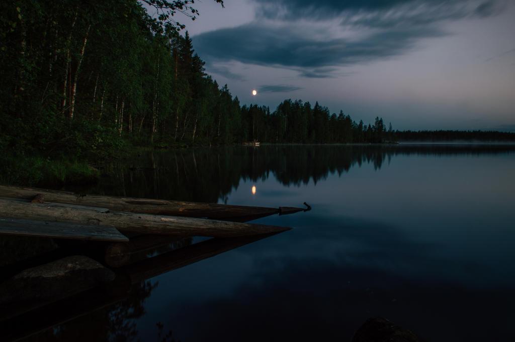 Moon lake by mabuli