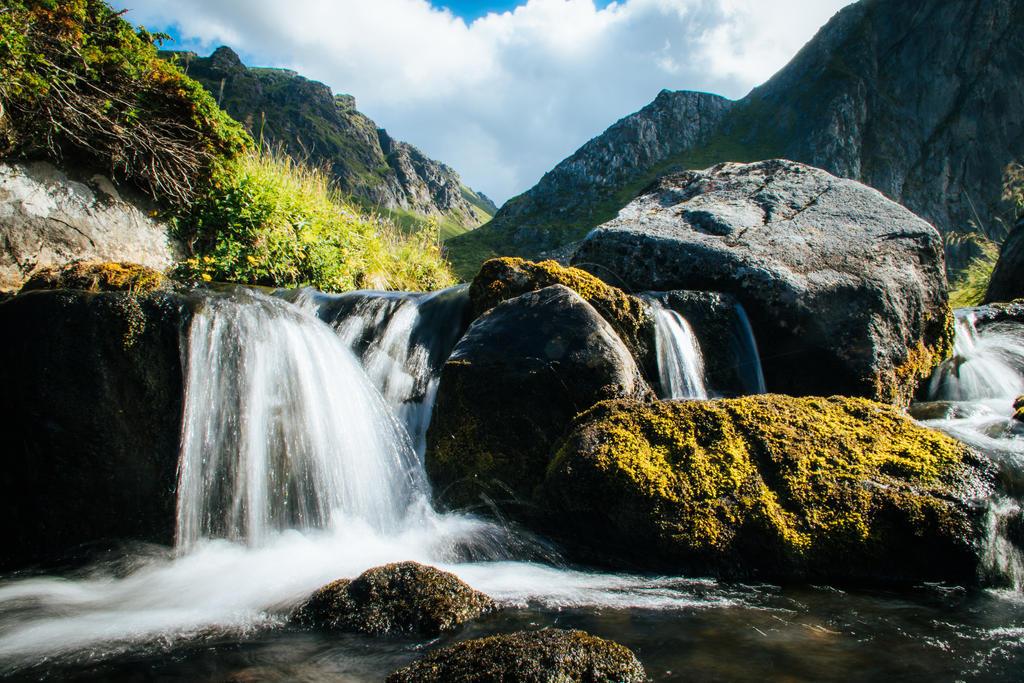 Norwegian nature by mabuli