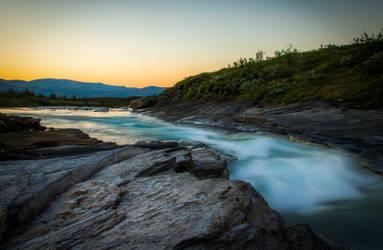 Water flow III by mabuli
