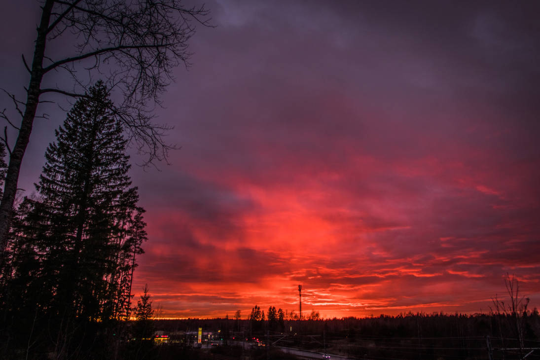 April sunset by mabuli