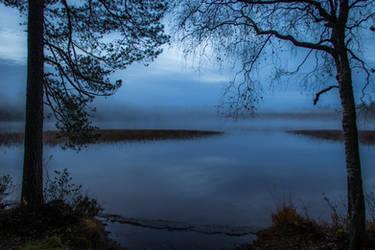 Silent lake III by mabuli