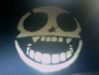 Gorillaz Skull Spray by roninmakeswaffles