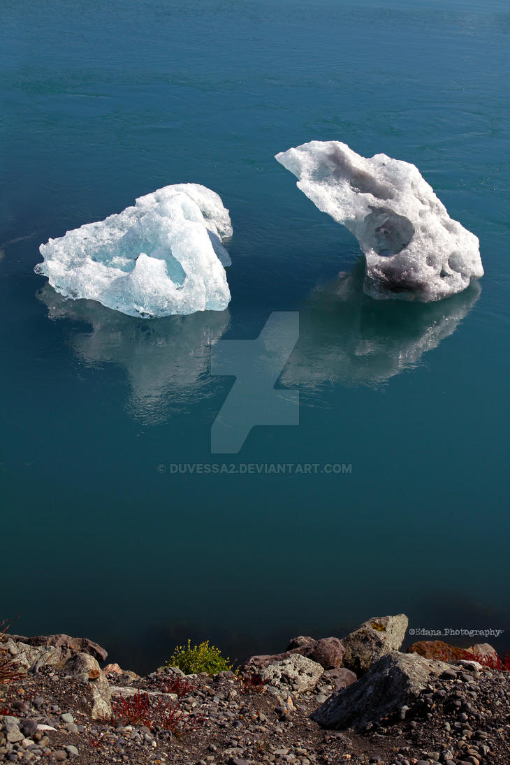 Icelandic summer ice by duvessa2