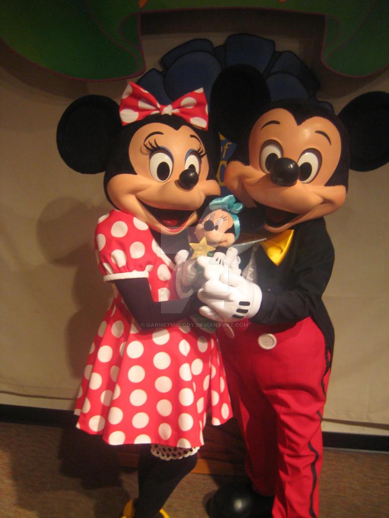 Mickey Minnie and.. by GarnetMelody